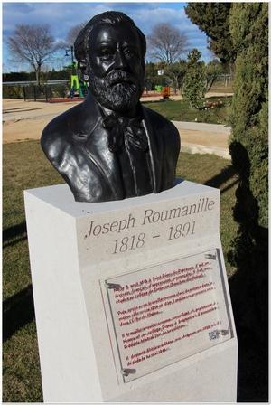 Buste de Joseph Roumanille situé au parc des Poètes à Eyragues, sculpté par M. Langloys