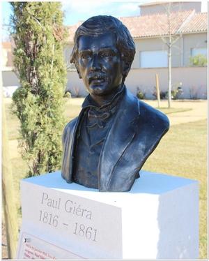 buste de Paul Giéra scuptée par M. Langloys située au parc des poètes à Eyragues